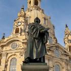 © Frank Exß, mediaserver.dresden.de, Martin Luther Denkmal vor der Frauenkirche